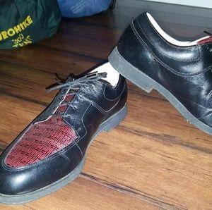 Footjoy golfing shoes